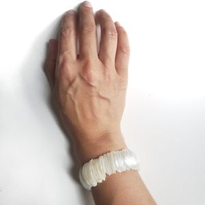 Mother-of Pearl Curved Slices Elasticated Wide Ban